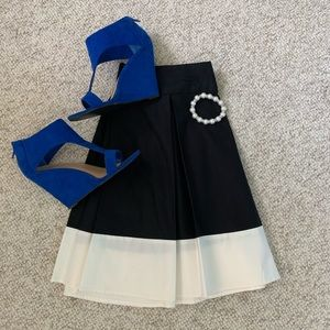 ✨NWT✨ H&M Size 12 Pleated Skirt